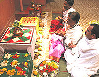 pitripaksh men shraddh pooja karate log